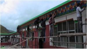 Tibetan painters at work
